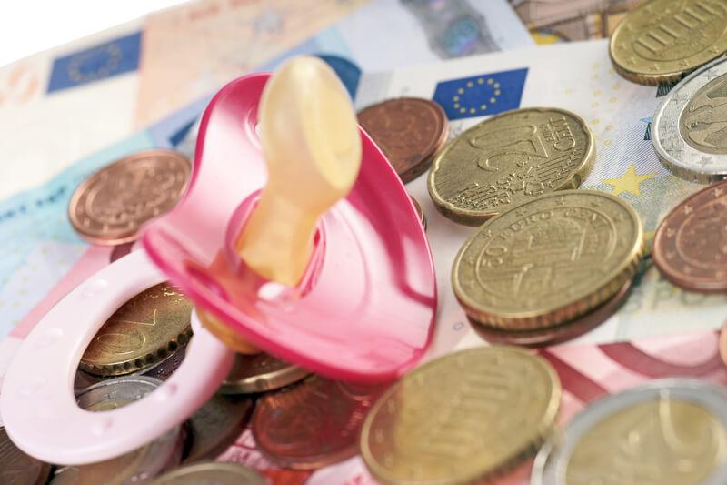 viac peňazí pre rodiny ilustračné foto